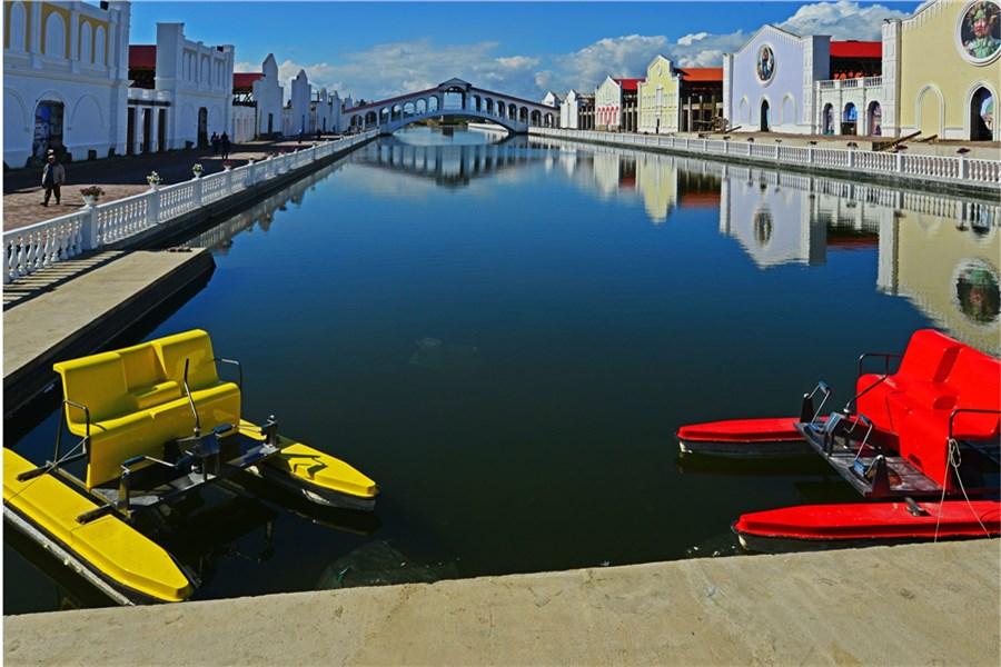 также сибирская венеция красноярск отдых термобелье подобного плана