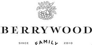 Официант BerryWood Family