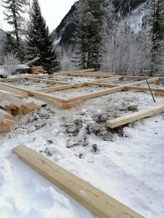 Сооружение каркаса на бревнышки